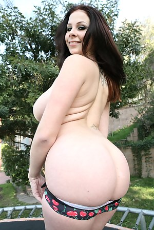 Free Big Booty Teen Porn Pictures