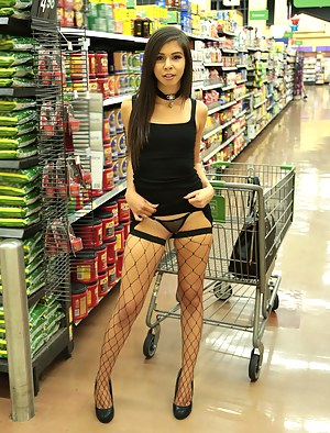 Free Teen Fishnet Porn Pictures